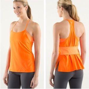 🍋Lululemon amped up tank size 8 built bra orange